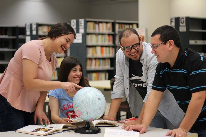 Licenciatura en Lengua Inglesa - Traducción Comercial